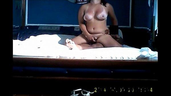 Porno real quente com coroa boazuda