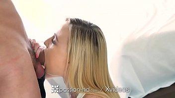 loirinha dando buceta pro namorado