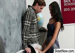 Giselle safada fudendo na sala de aula