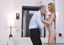 Novinha safada dando o cuzinho pro amante casado