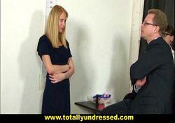 Loira pelada fazendo exame medico com doutor tarado