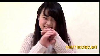Novinha japonesa sentando gostoso na piroca grossa