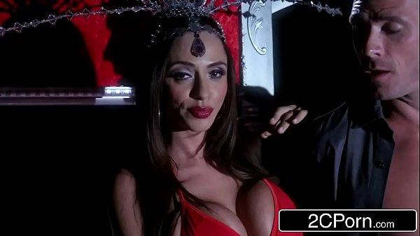Capela porno linda mamando