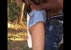 Loira brasileira fazendo sexo com seu amigo da fazenda ao lado