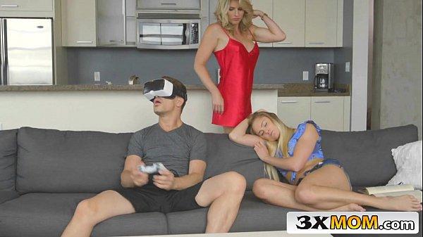 Videosxxx metendo com seu namorado gamer