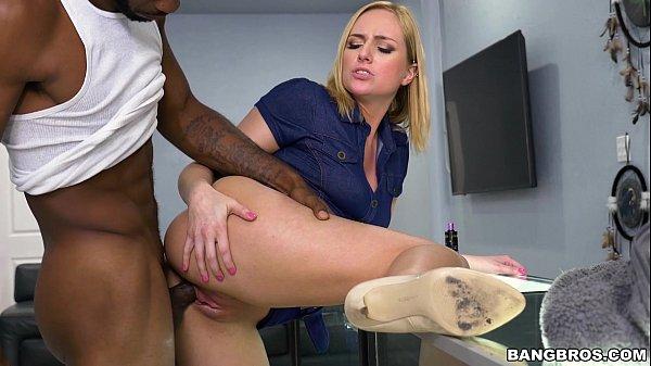 Baixar video porno levantou a perna pra seu namorado meter