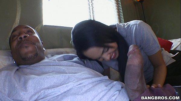 Xxxvideos metendo com o namorado