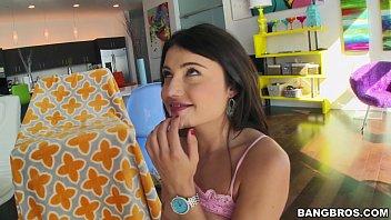 Morena beijando seu gostoso e pedindo rola grossa pra ele dentro da xota dela