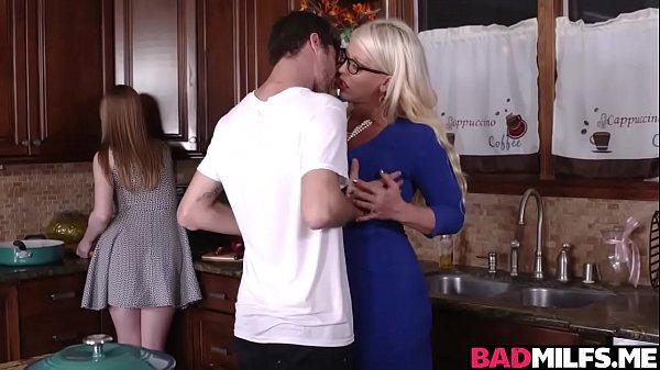 X vidios sexo em família incesto