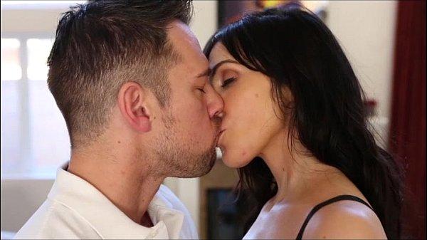 Www Xvideo beijou seu gostoso