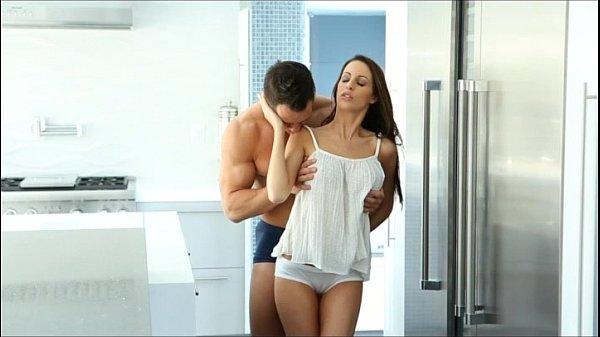 Xvideos Baixar pegou sua moreninha na cozinha