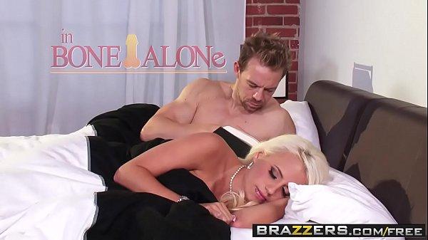 Clube erotico com irmã dormindo e irmão metendo a pica