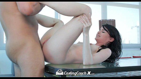 Mundo porno sexo com ninfetinha branquinha tesuda