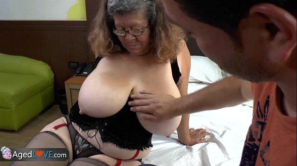 Porno gratis de incesto neto metendo na avó peituda