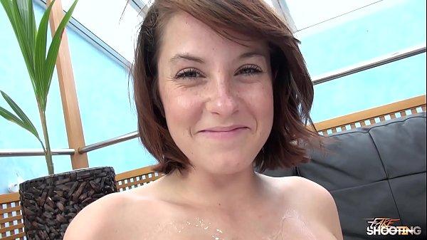 Sexo explicito com estrela porno iniciando sua carreira