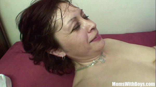 Samba pornor de incesto enteado fode a xota cabeluda da madrasta