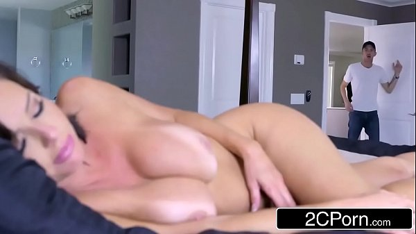 Baixar videos pornos da tia gostosa sendo filmada