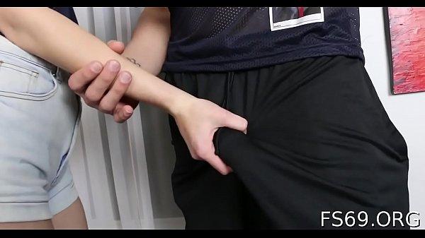 Nudelas fazendo sexo com tio bem dotado