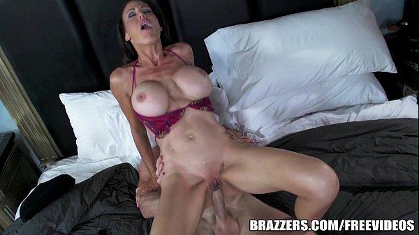 Putaria da boa com mãe gostosa