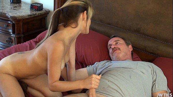 Sexo doido com coroa do trabalho