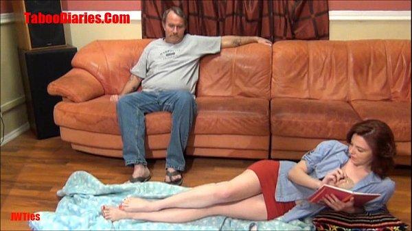Vídeo de sexo com gostosinha senduzindo marido