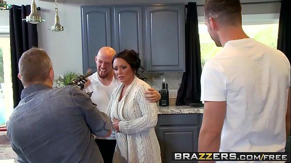 Video porno com primos tarando a prima gostosa