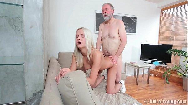 Videos porno mobile puta loira chupando