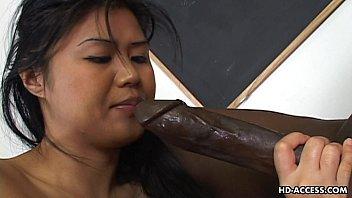 Xxnxx negão comendo japa
