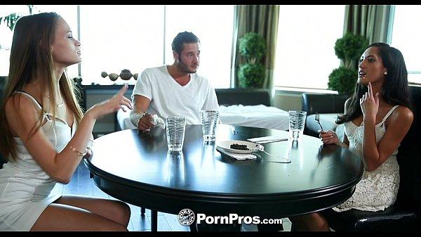 Zoio filmes porno reunião de sexo