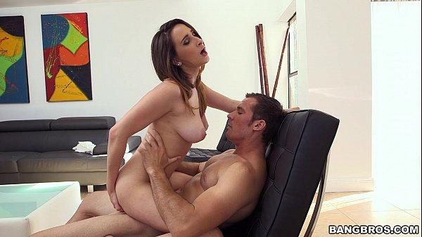Baixar gratis videos porno ninfa e sarado maduro