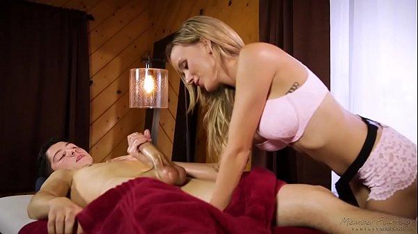 Pornolandia amadora faz massagem punheta e fode