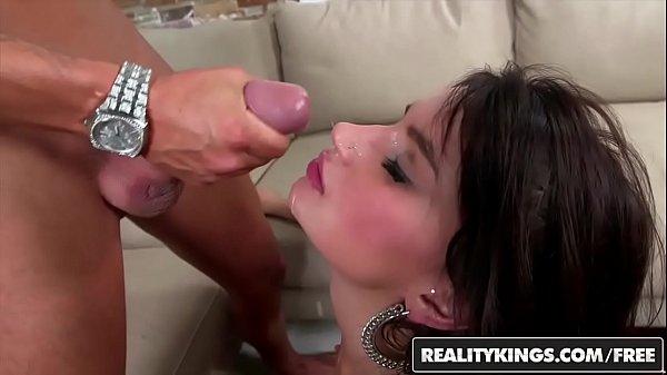 Video de sexo gratis rabuda sentando firme