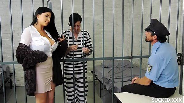 Sexo tub mulher do preso dando por guarda fogosa