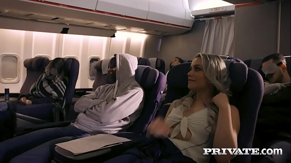 Sacana dando pra passageiro do avião com vontade