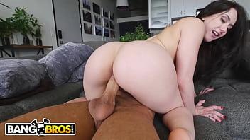 Gostosona Mandy Muse delira com cacete na buceta e no cu